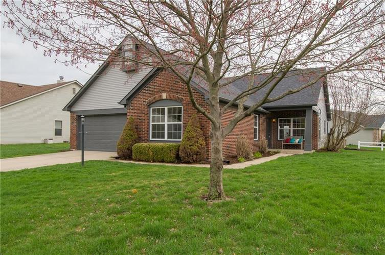 10898  Belmont Circle Indianapolis, IN 46280 | MLS 21633688