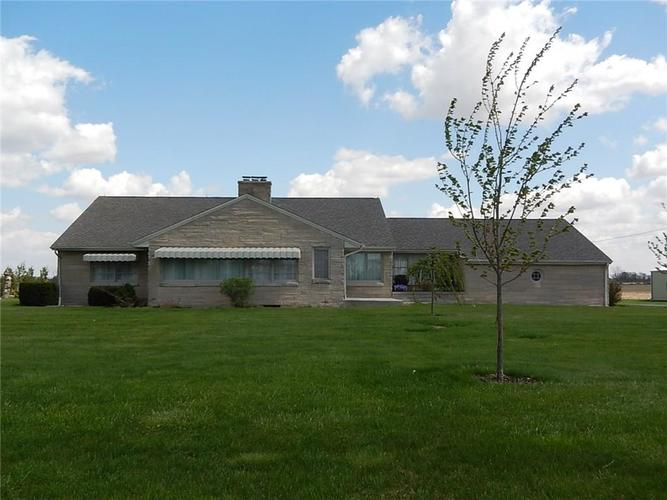 1734 S Ladoga Road Crawfordsville, IN 47933 | MLS 21633762