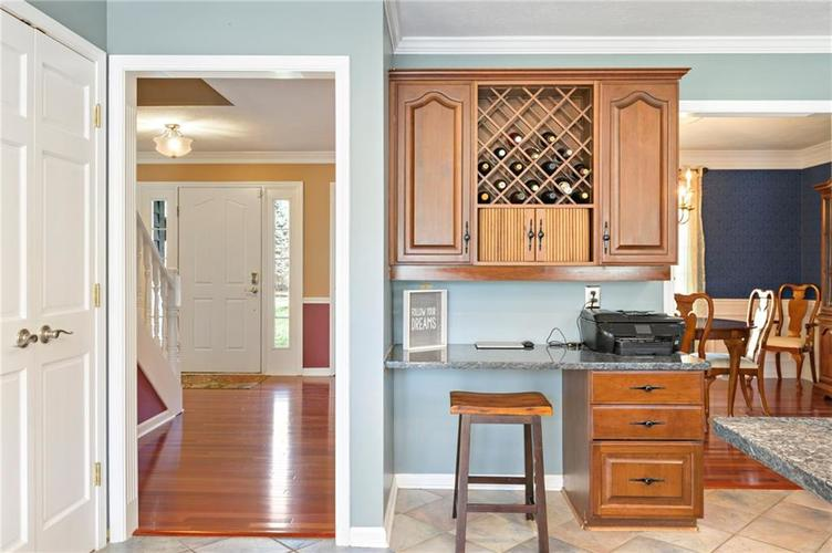 8330 GALLEY Court Indianapolis, IN 46236 | MLS 21633792 | photo 12