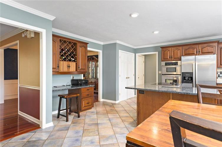 8330 GALLEY Court Indianapolis, IN 46236 | MLS 21633792 | photo 6