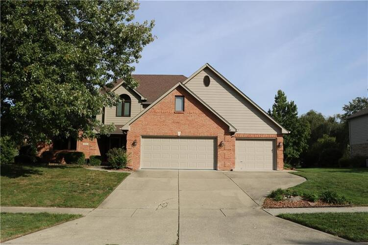 2511  WILLOW LAKES EAST Boulevard Greenwood, IN 46143 | MLS 21634914