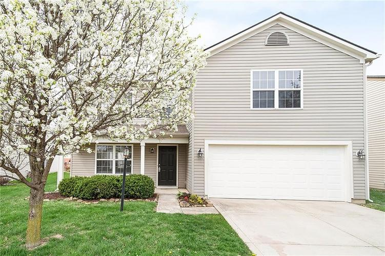 15075  Deer Trail Drive Noblesville, IN 46060 | MLS 21634937