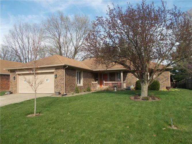 825  Summitcrest Drive Indianapolis, IN 46241 | MLS 21634959