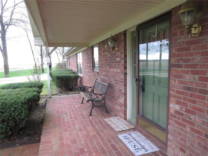 4190 S State Road 47 Crawfordsville, IN 47933 | MLS 21635001 | photo 2