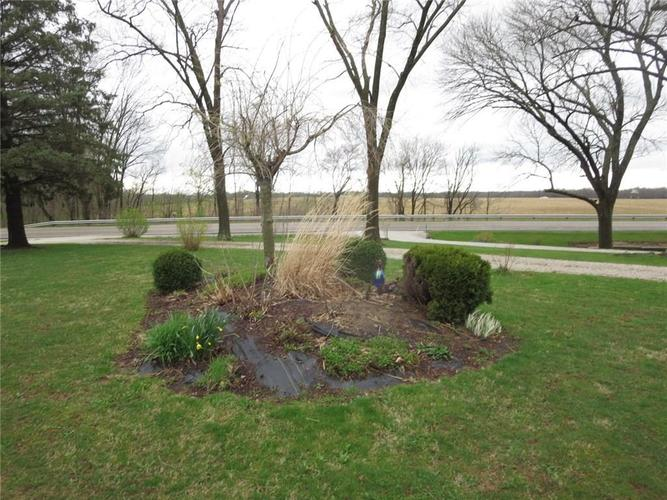 4190 S State Road 47 Crawfordsville, IN 47933 | MLS 21635001 | photo 3