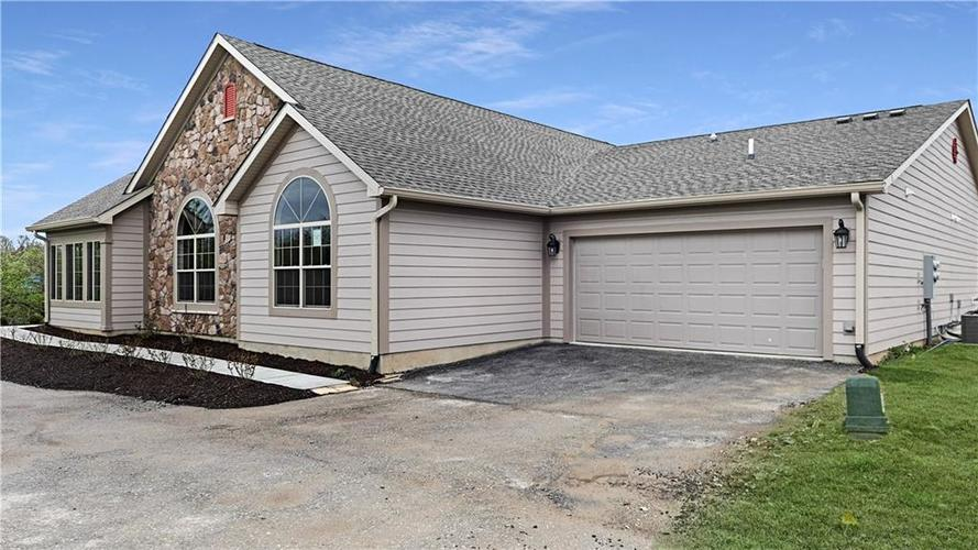 5752  Lifestyle Drive Indianapolis, IN 46237 | MLS 21635172