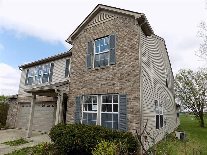 7326 Wood Duck Court Indianapolis, IN 46254 | MLS 21635194 | photo 2