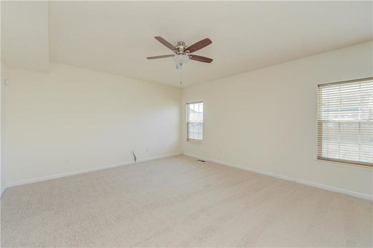 2907 Treehouse Pass Greenwood, IN 46143 | MLS 21635207 | photo 10
