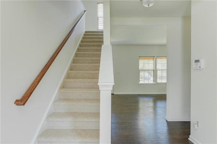 2907 Treehouse Pass Greenwood, IN 46143 | MLS 21635207 | photo 16