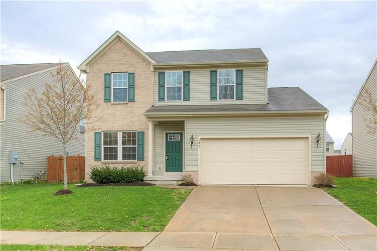 2907 Treehouse Pass Greenwood, IN 46143 | MLS 21635207 | photo 2