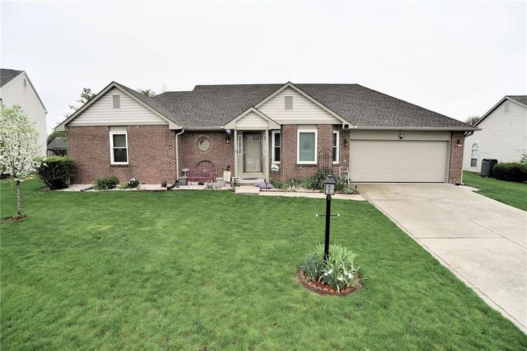 7415  Nutmeg Court Indianapolis, IN 46237 | MLS 21635328