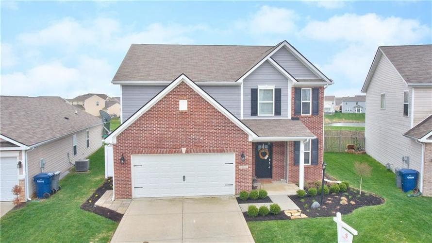 12651 Old Pond Road Noblesville, IN 46060 | MLS 21635353 | photo 1