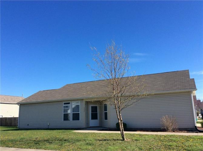 1537 Clear Vista Drive Lebanon, IN 46052 | MLS 21635396 | photo 1