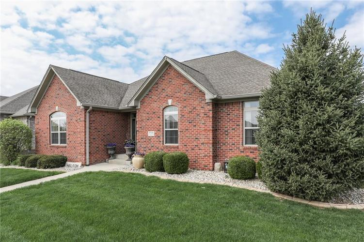 4956 Hickory Estates Boulevard Bargersville, IN 46106 | MLS 21635452 | photo 2