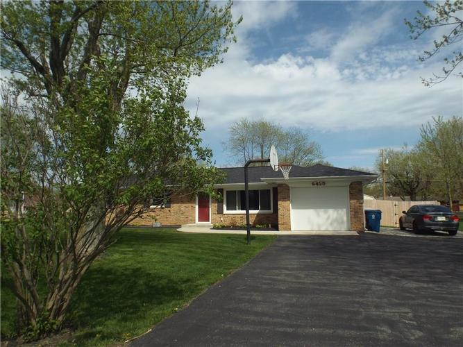 6425 Maple Lawn Road Indianapolis, IN 46241 | MLS 21635489 | photo 4