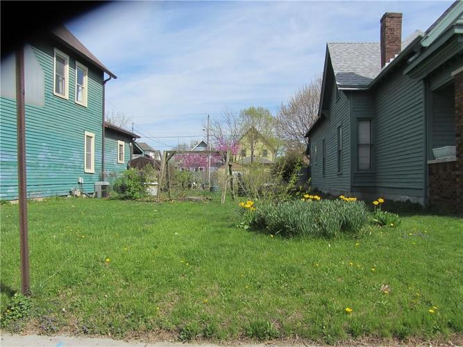1214 E New York Street Indianapolis, IN 46202 | MLS 21635538 | photo 1