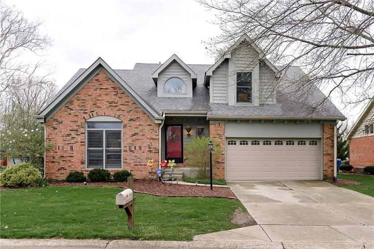 9005 Baywood Circle Indianapolis, IN 46256 | MLS 21635590 | photo 1