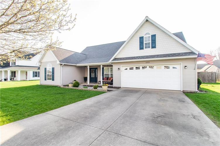 1193  Lakeside Way Gas City, IN 46933 | MLS 21635787