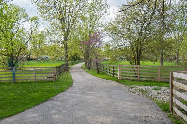 604 W Stop 11 Road Indianapolis, IN 46217   MLS 21635895