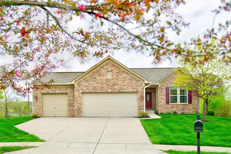 13853 Marble Arch Way Fishers, IN 46037 | MLS 21636031 | photo 1