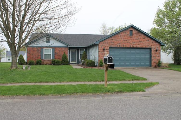 6139 Carrie Place Indianapolis, IN 46237 | MLS 21636041 | photo 1