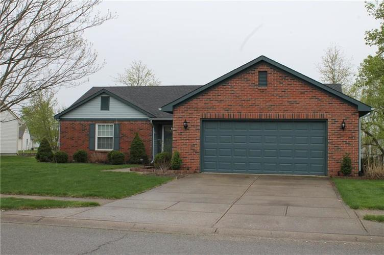 6139 Carrie Place Indianapolis, IN 46237 | MLS 21636041 | photo 2