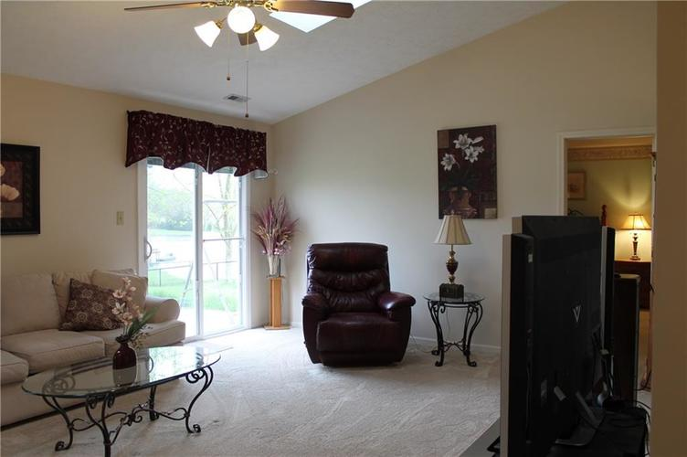 6139 Carrie Place Indianapolis, IN 46237 | MLS 21636041 | photo 3