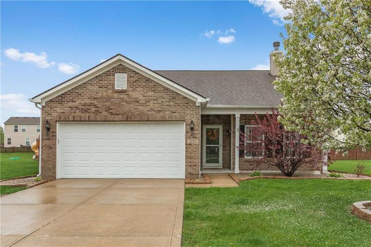 1271 Highland Lake Way Brownsburg, IN 46112 | MLS 21636144 | photo 1