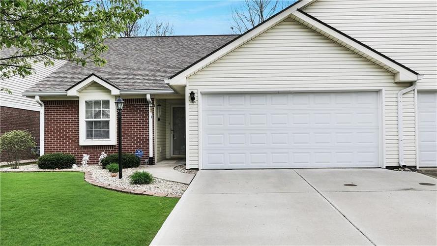 3845  Gray Pond Court Indianapolis, IN 46237 | MLS 21636220