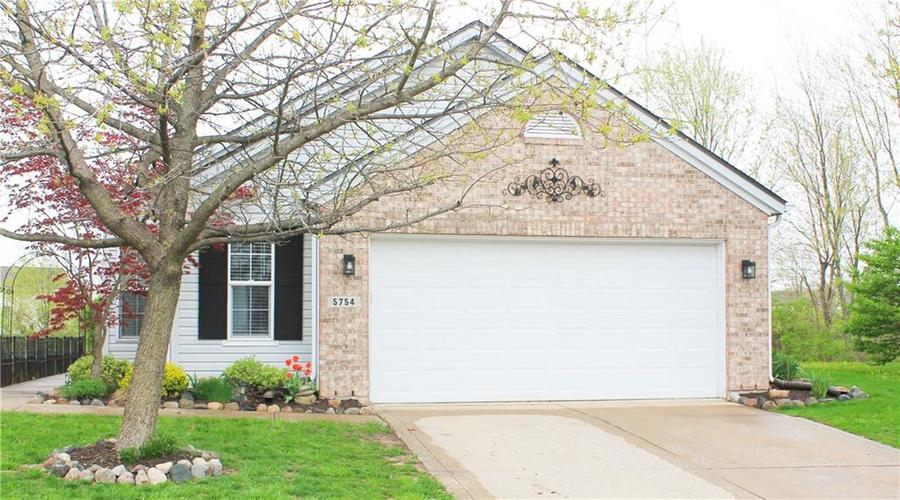 5754 Congressional Place Indianapolis, IN 46235 | MLS 21636221 | photo 1