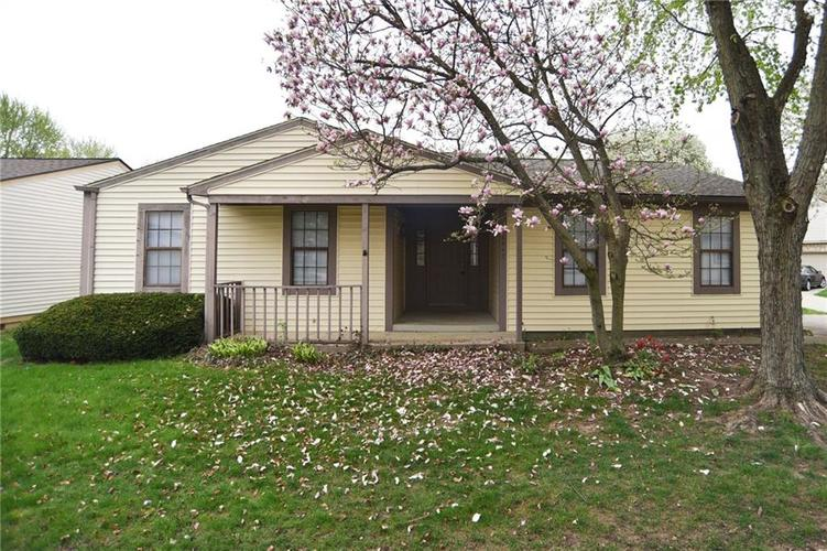 2947  Horse Hill West Drive Indianapolis, IN 46214 | MLS 21636597