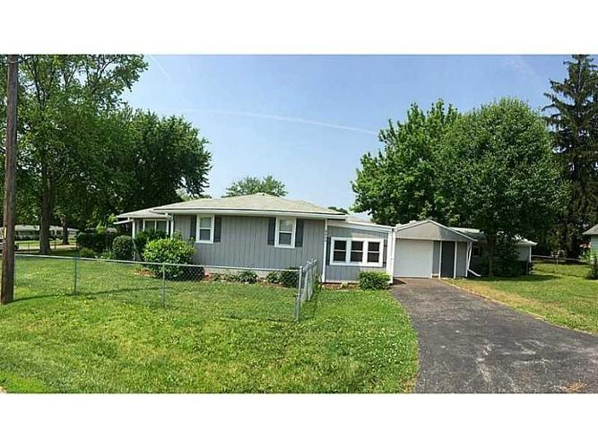 8804 W 30th Street Indianapolis, IN 46234 | MLS 21636653 | photo 2