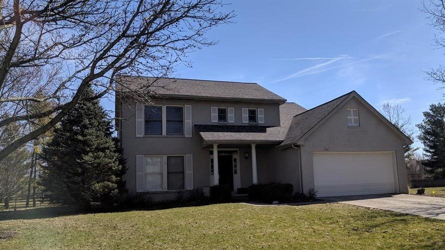1621  Waterford Drive Zionsville, IN 46077 | MLS 21636662