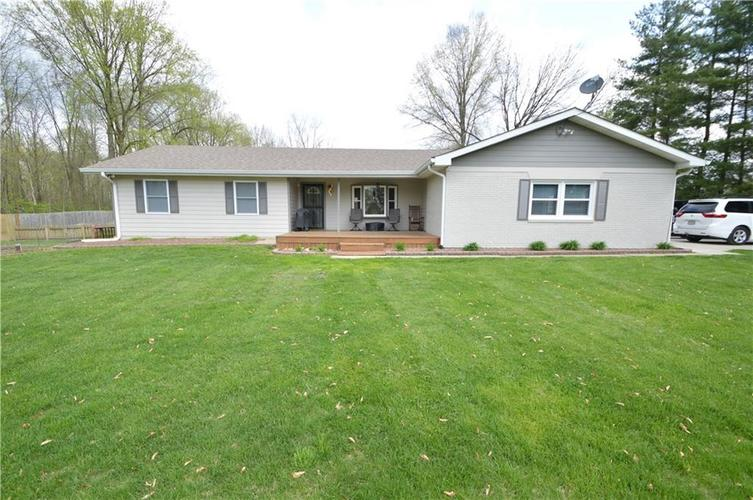 6238 E Southport Road Indianapolis, IN 46237 | MLS 21636766