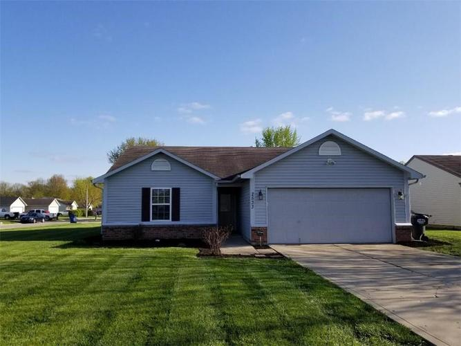 2533 Palomino Court Anderson, IN 46012 | MLS 21636925 | photo 1