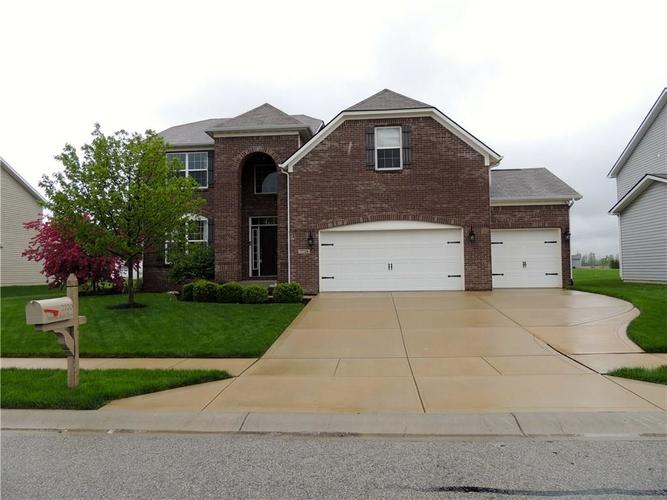 7720  Imperial Eagle Drive Zionsville, IN 46077 | MLS 21636940