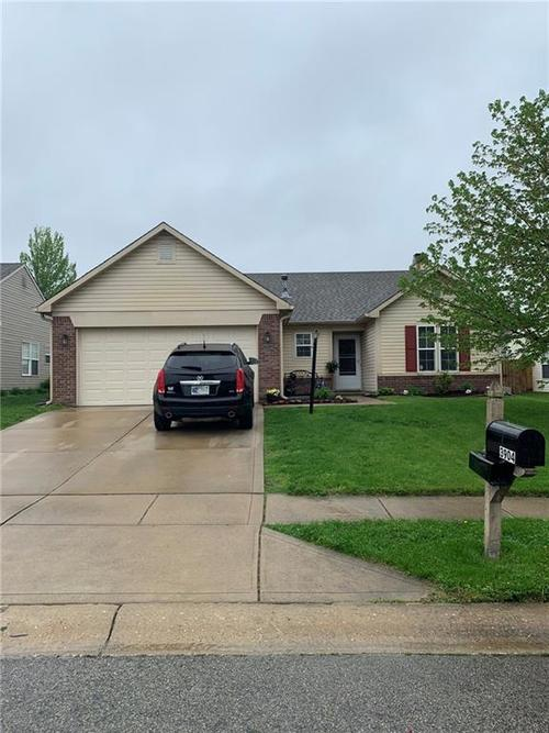 3904  Nuthatcher Drive Indianapolis, IN 46228 | MLS 21636968