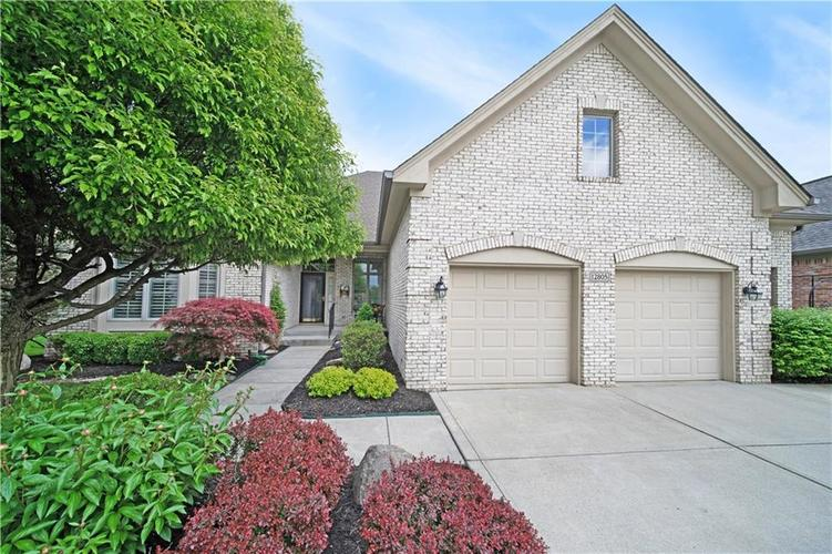 12805 Plum Creek Boulevard Carmel, IN 46033 | MLS 21636969 | photo 1