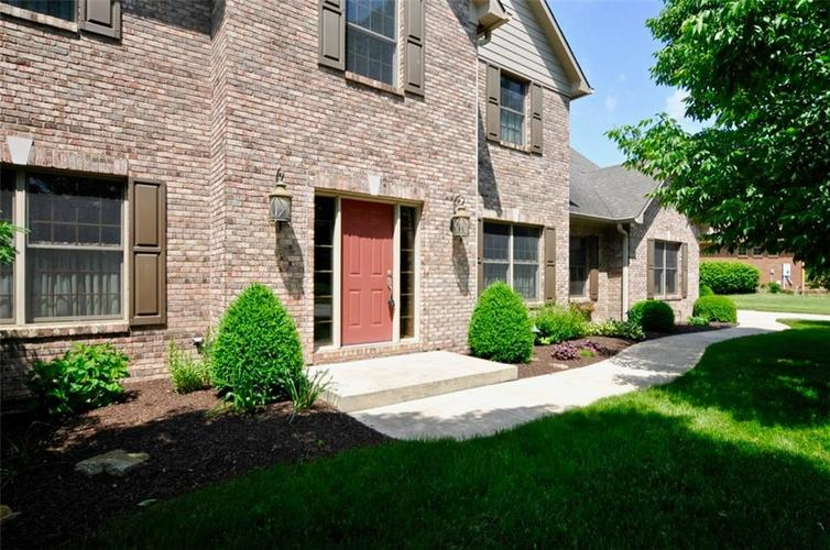 5935  Hickory Woods Drive Plainfield, IN 46168 | MLS 21637103