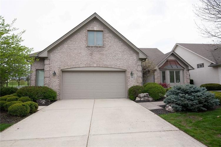 5812 Plum Creek Boulevard Carmel, IN 46033 | MLS 21637154 | photo 2