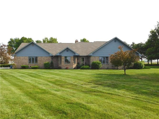 5091 E County Road 500  Kirklin, IN 46050 | MLS 21637231