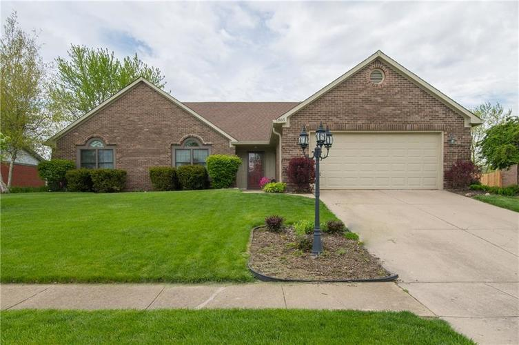 865  LEATHERWOOD Drive Greenwood, IN 46143 | MLS 21637321