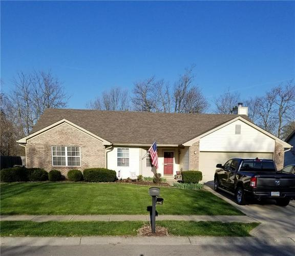 834 Center Street Greenfield, IN 46140 | MLS 21637346 | photo 1