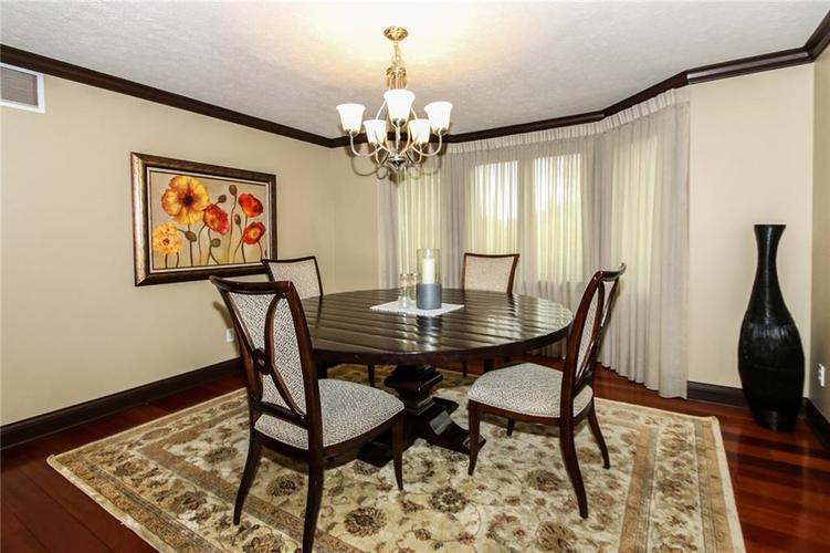 12114 Golden Bluff Court Indianapolis, IN 46236 | MLS 21637391 | photo 5