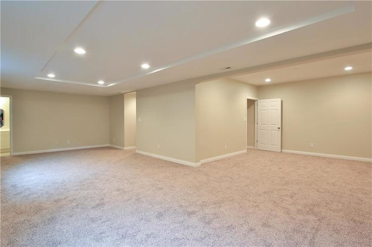 10017 WATER CREST Drive Fishers, IN 46038   MLS 21637619   photo 37