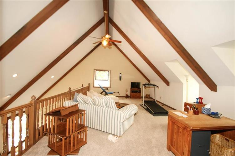 690 Morningside Court Zionsville, IN 46077 | MLS 21637620 | photo 20