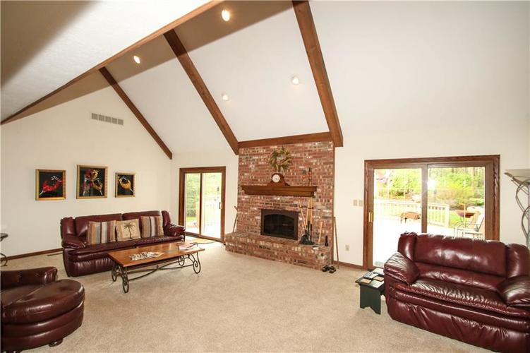690 Morningside Court Zionsville, IN 46077 | MLS 21637620 | photo 8