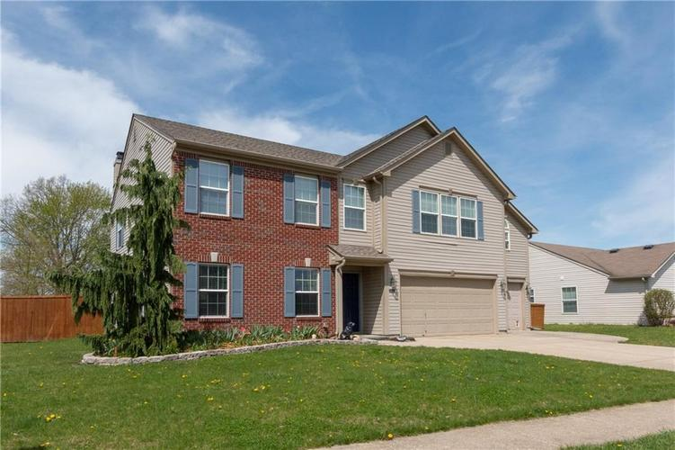 4620 PHYSICS Way Indianapolis, IN 46239 | MLS 21637659 | photo 2