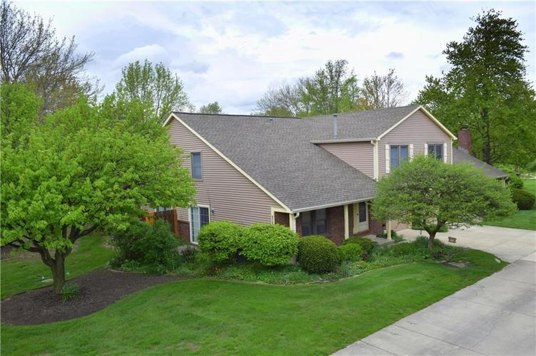 7543  CASTLETON FARMS WEST Drive Indianapolis, IN 46256 | MLS 21637882