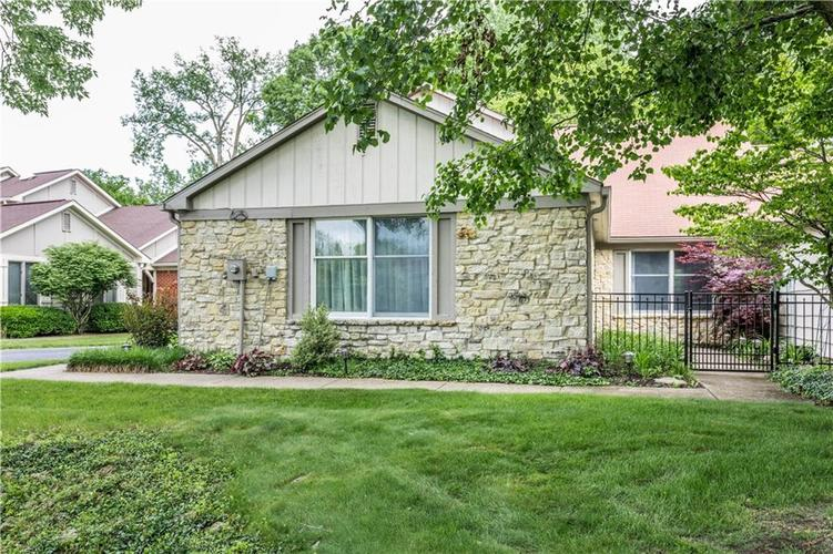 3520 E 75th Place Indianapolis, IN 46240 | MLS 21637901 | photo 1